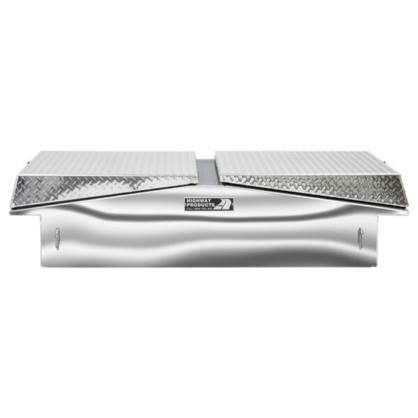 Diamond Plate Lid with Polished Aluminum Base Straight Closed